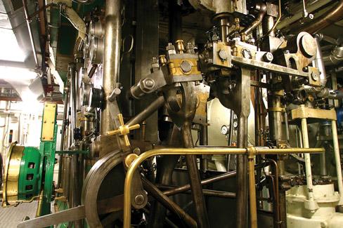 Delphine II steam engines