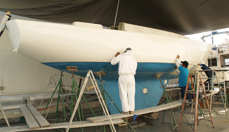 The Cal 36 (10.9m) was a popular model built by Jensen Marine in the late 1960s. Rather than buy a new boat, the owner of this Cal opted for a restoration that included rebuilding the interior, and a new polyurethane paint job.