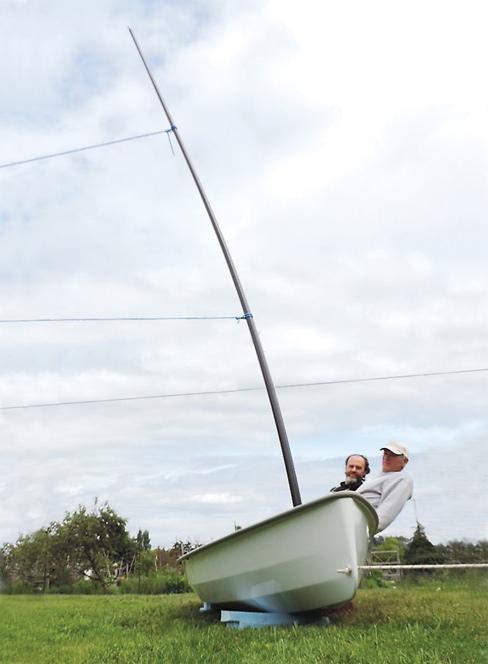 test of carbon fiber mast